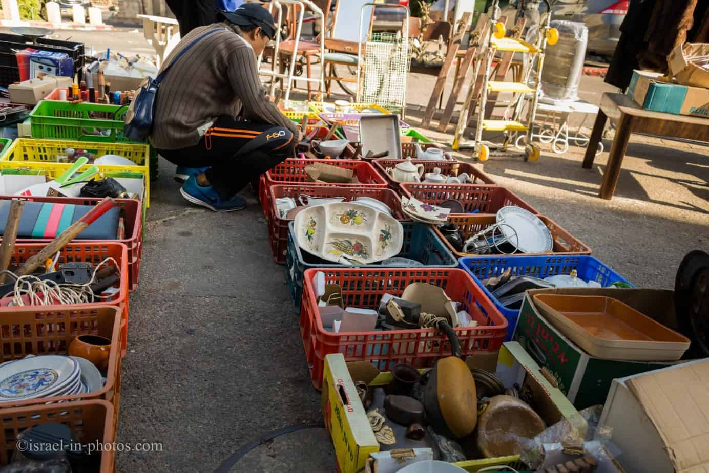 The Flea Market and Merchant Fair in Haifa -16