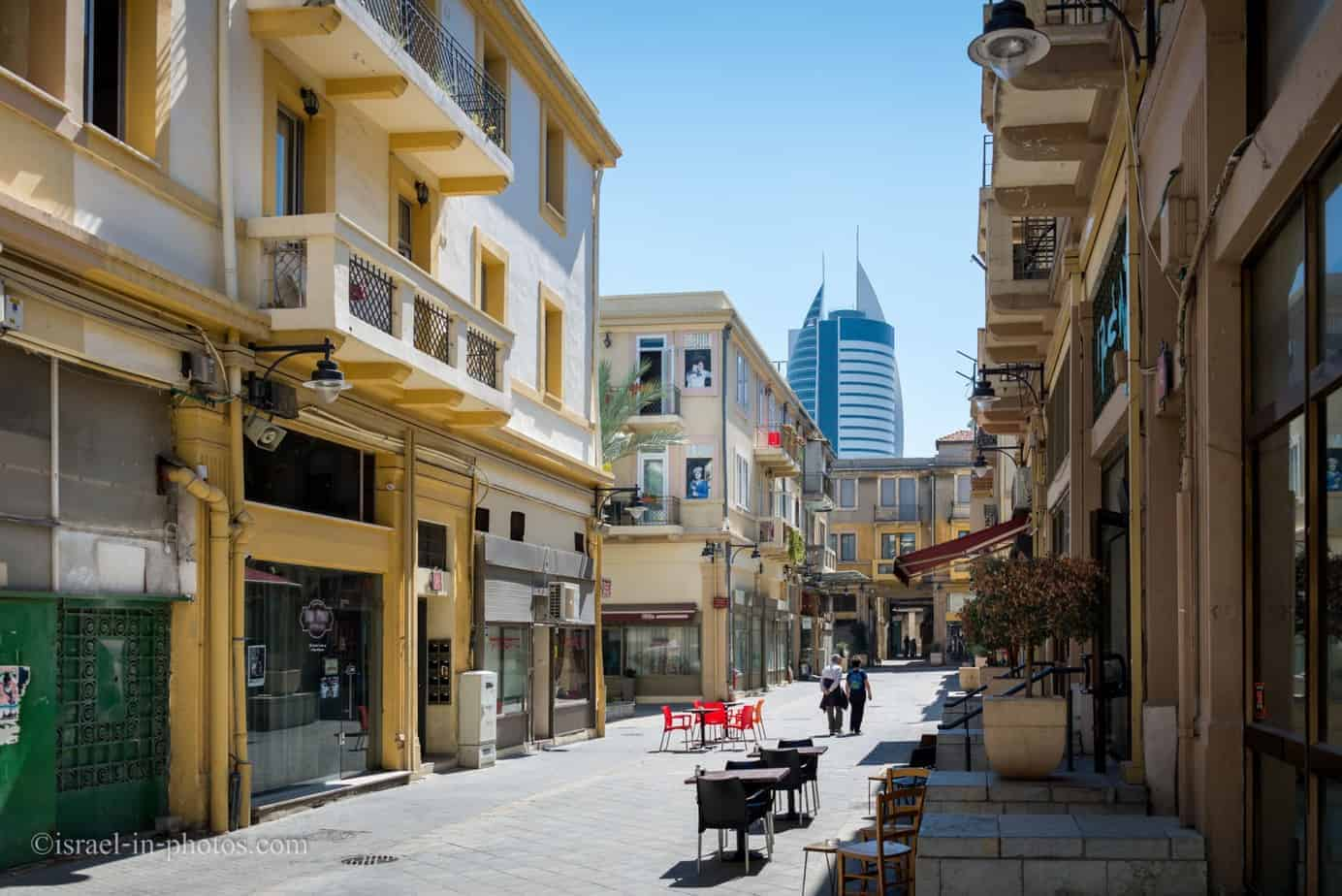 The Old Commercial Center in Haifa-11