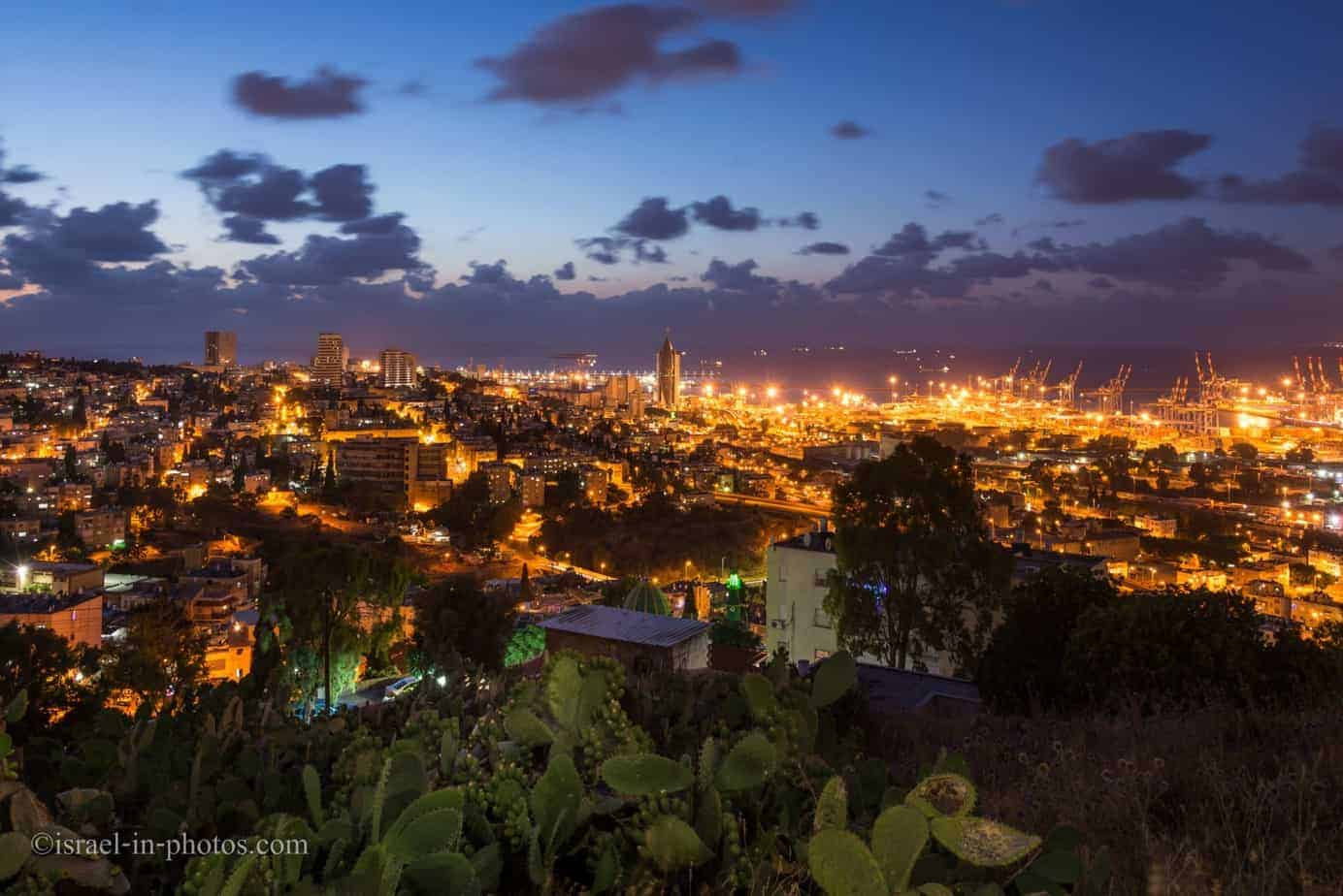 Cityscape from viewpoint in Haifa
