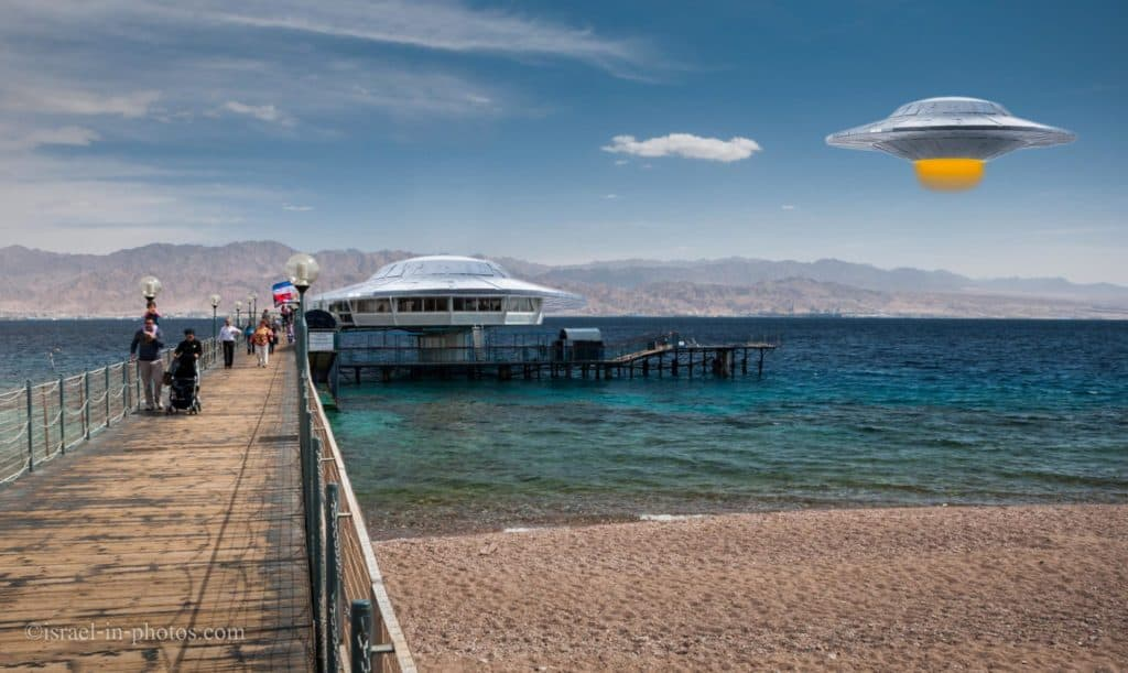 Combo photo of Coral World Underwater Observatory in Eilat with spaceships