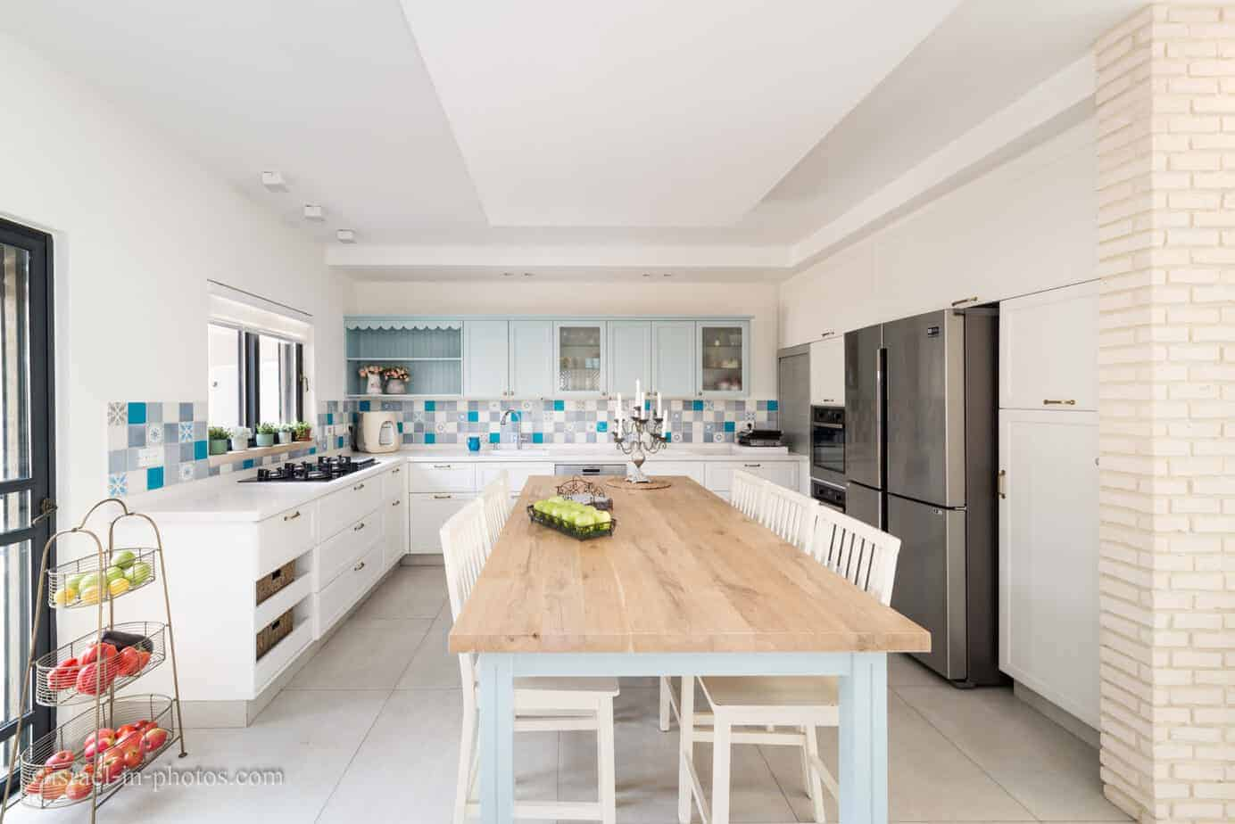 Interior design photography - With or without light.