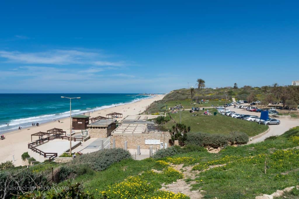 Ashkelon beach with nearby parking