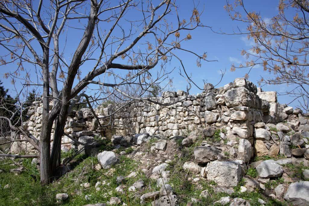 The ruins of Adamit