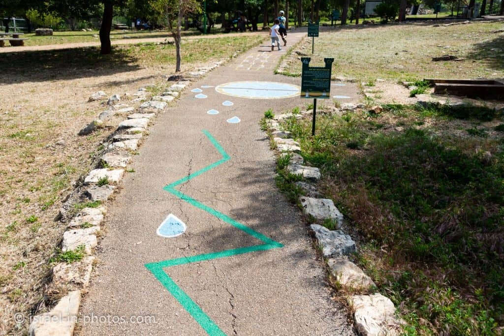 Barefoot Trail at Yehiam Fortress